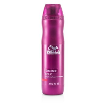 Wella Resist  Champ� Fortalecedor  (Cabello Vulnerable)  250ml/8.4oz