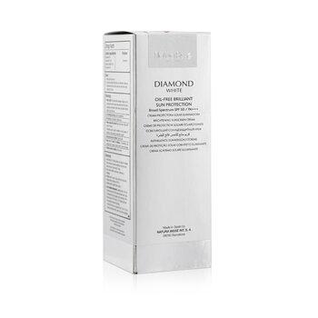 Diamond White Oil-Free Brilliant Protection SPF 50 PA+++  30ml/1oz