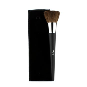 Christian Dior Backstage Brushes Professional Finish Powder Foundation Brush - Kuas Alas Bedak (Ulasan Penuh)