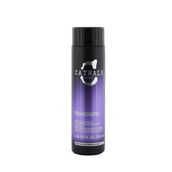 Tigi Catwalk Fashionista Violet Conditioner (P/ loiras e cabelos com luzes)  250ml/8.45oz