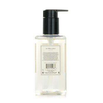 English Pear & Freesia Body & Hand Wash (Dengan Pam)  250ml/8.5oz