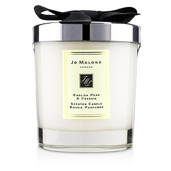 English Pear & Freesia Scented Candle  200g (2.5 inch)