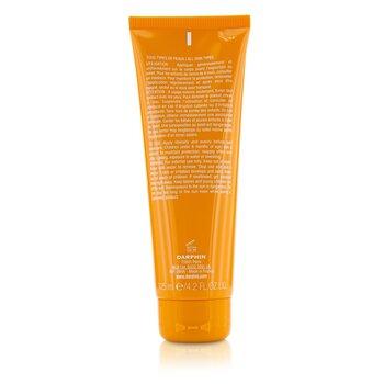 Soleil Plaisir Anti-Aging Suncare For Body SPF 30  125ml/4.2oz