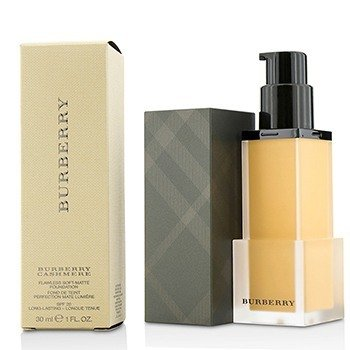 Burberry Cashmere Flawless Soft Matte Foundation SPF 20  30ml/1oz