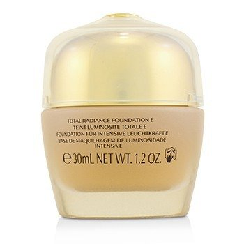 Future Solution LX Total Radiance Foundation SPF15  30ml/1.2oz
