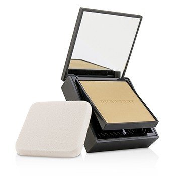 Burberry Cashmere Flawless Soft Matte Compact Foundation SPF 20  13g/0.4oz