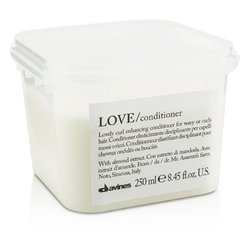 Davines Love Lovely Curl Enchancing Conditioner (For Wavy or Curly Hair)  250ml/8.45oz