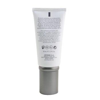 Derma Peel Pro SPF 20 Resurfacing Peel Emulsion 8% (For Normal To Combination Skin)  50ml/1.7oz