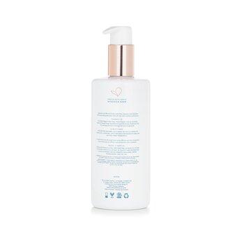 Essential Body Wash 300ml/10.14oz